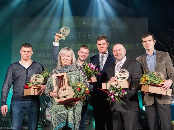 Liepājas sporta laureātā apbalvo Iļju Petrušenko un Vjačeslavu Goļinski